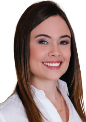 Larissa Simões